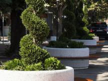 ROUND PLANTER BENCH