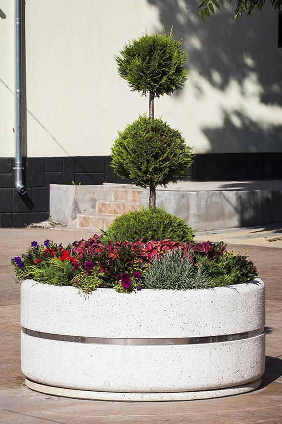 pflanzk bel aus beton modell 95. Black Bedroom Furniture Sets. Home Design Ideas