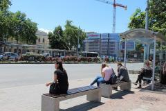 16 автобусни спирки с нови пейки от Енчо Енчев - ЕТЕ